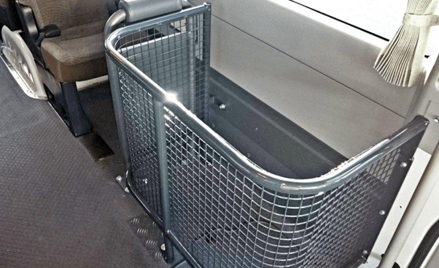 Bus 4×4 Conversion of Coaster Bus