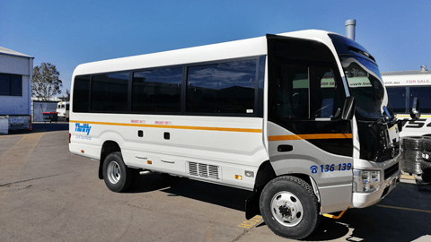 New Bus 4×4 Conversion of Coaster!